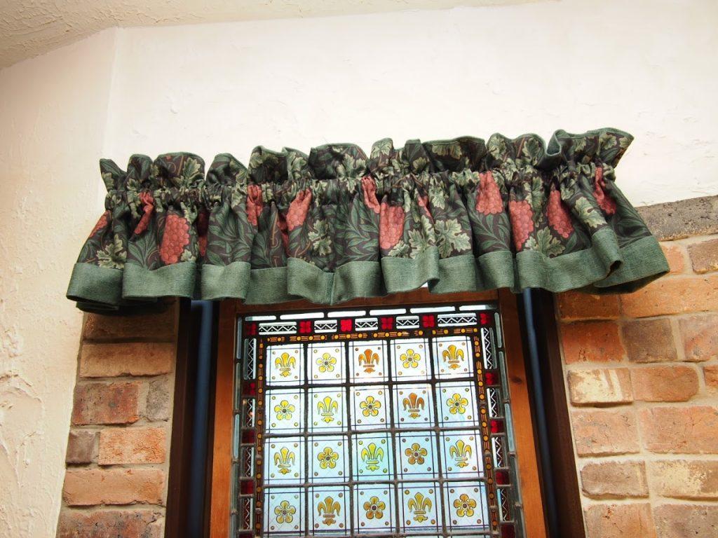 オーダーカーテン-バランス付き-上飾り-町田市-施工実績