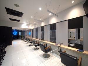 コロナ対策-感染症対策-飛沫感染対策-美容院-サロン-透明ビニール-透明ロールスクリーン-フラミューム町田-flammeum