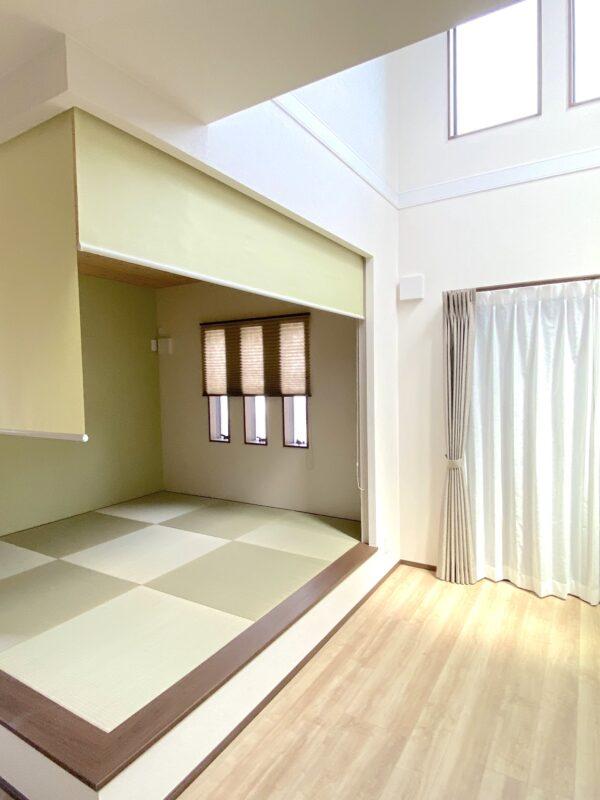 相模原市 M様 リビングの和室空間をロールスクリーンで賢く仕切る!